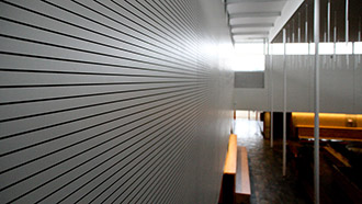 Grooved acoustic panels (D+ System)